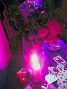 розовая магическая свеча